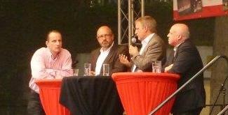 Foto der von Michael Lobeck moderierten Podiumsdiskussion zum Jubiläum von Stattreisen Bonn e.V. am 27. Juni 2014