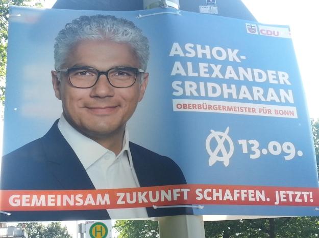 Foto eines Wahlplakates von Ashok Sridharan, CDU, für die OB-Wahl 2015 in Bonn