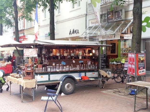 Foto des Französichen Marktes auf der Alten Bahnhofstraße Bonn Bad Godesberg