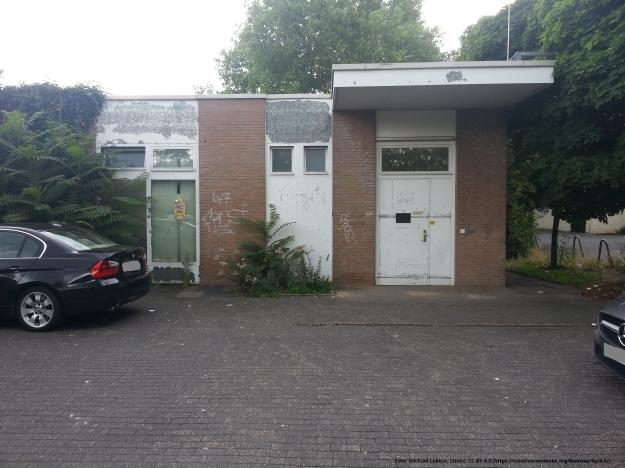 Foto einer Rückseite des Tannenbusch-Centers in Bonn-Tannenbusch am 15.7.2017