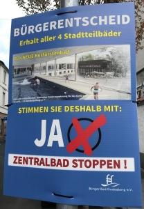 Foto eines Plakats der Bürger.Bad.Godesberg e.V. zum Bürgerentscheid über den Bau eines zentralen Bades in Bonn