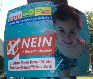 Foto eines Plakats von CDU, Bündnis90/Die Grünen, FDP zum Bürgerentscheid