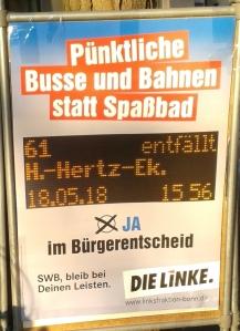 Foto eines Plakates der Partei Die Linke zum Bürgerentscheid über den Bau eines zentralen Bades für Bonn